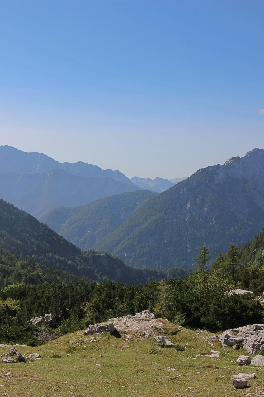 Blick auf die Alpen im Soča-Tal.