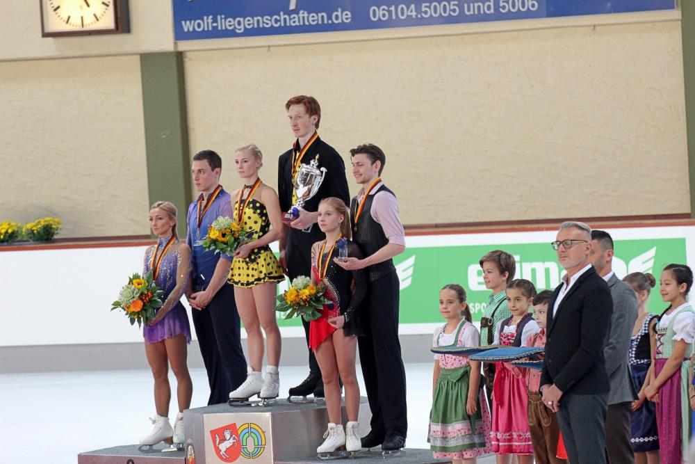 podium pairs