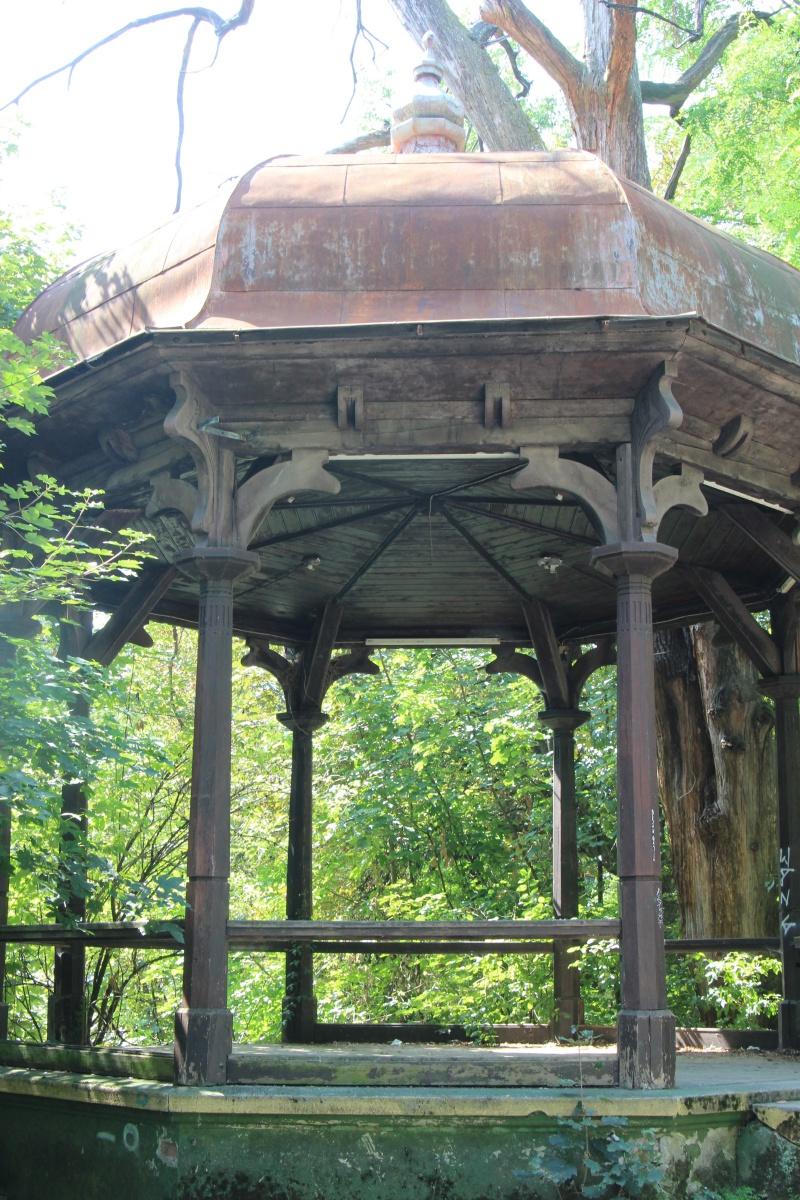 Abandoned Place im Tivoli Park