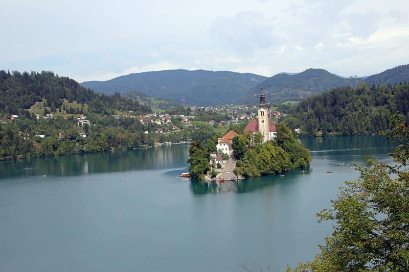 Der See von Bled mit Kirche