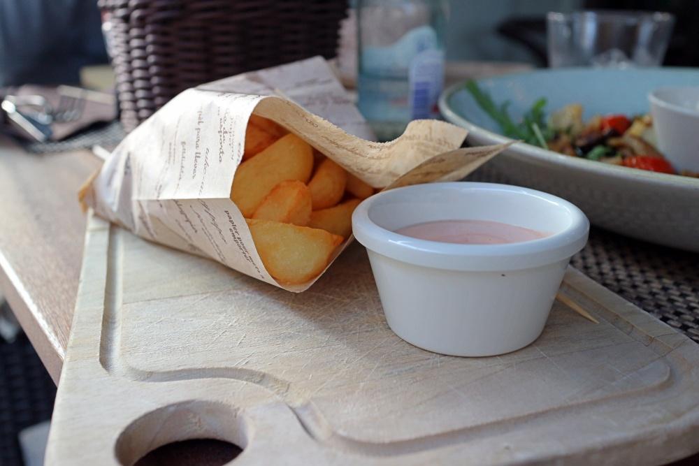 Home-made Pommes