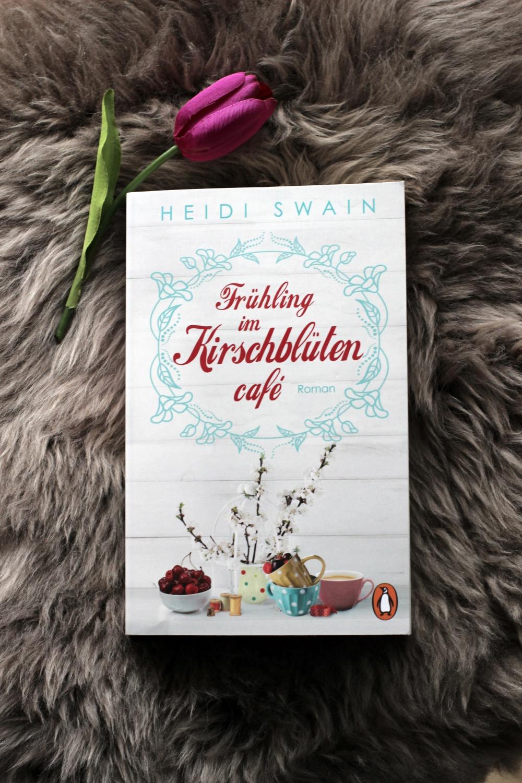 Rezension zu Frühling im Kirschblütencafe von Heidi Swain