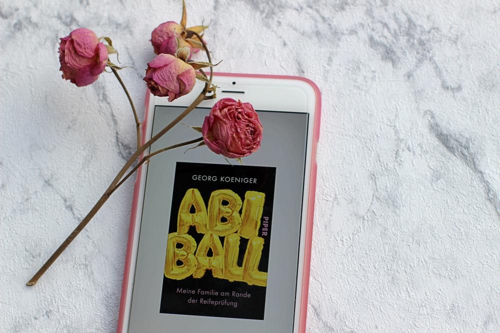 Rezension zu Abiball von Georg Koeniger