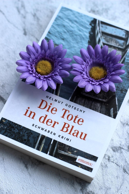 Rezension zu Die Tote in der Blau von Helmut Gotschy