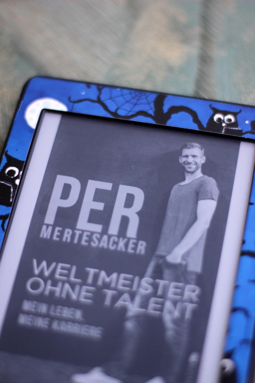 Rezension zu Weltmeister ohne Talent von Per Mertesacker