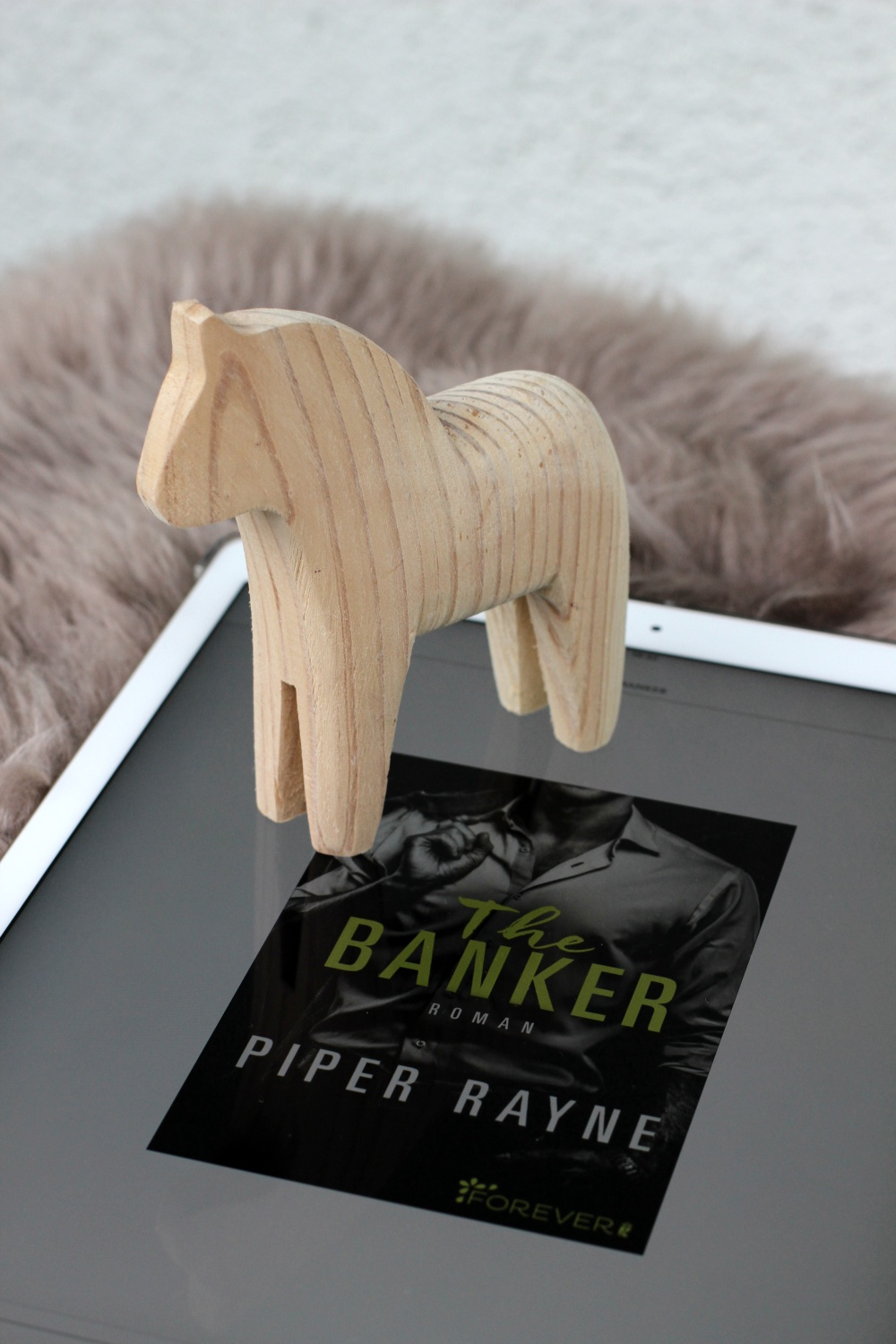 Rezension The Banker Piper Rayne