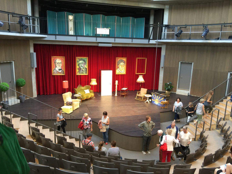 Leselaunen Globe Theater von innen