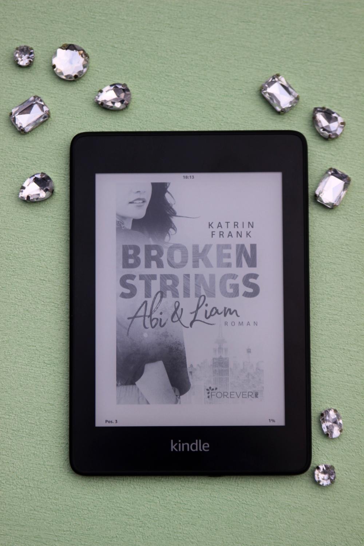 """""""Broken Strings - Abi & Liam"""" von Katrin Frank"""
