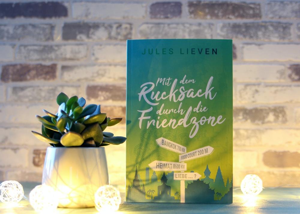 Rezension zu Mit dem Rucksack durch die Friendzone von Jules Lieven