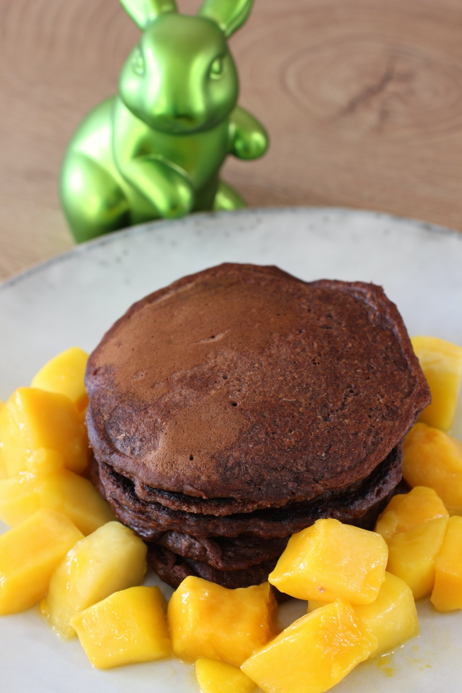 Social Distancing Kochend durch Corona Schoko Bananen Pancakes