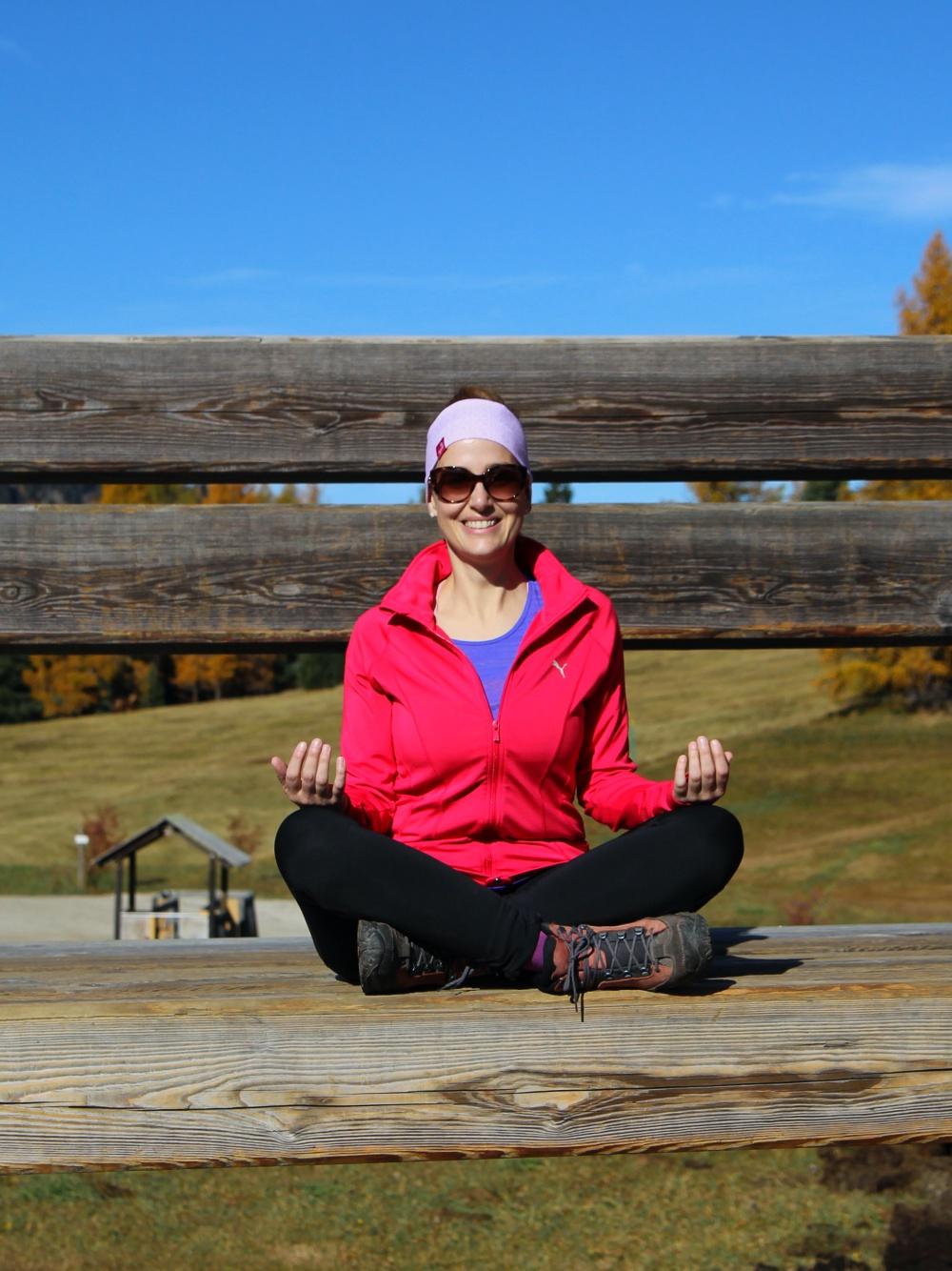 Meine Sportgeschichte Yoga Lotussitz Seiser Alm