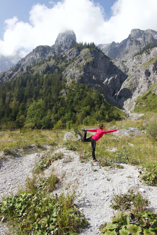 2020_Yoga_Yoga in freier Landschaft_Wimmbachgries