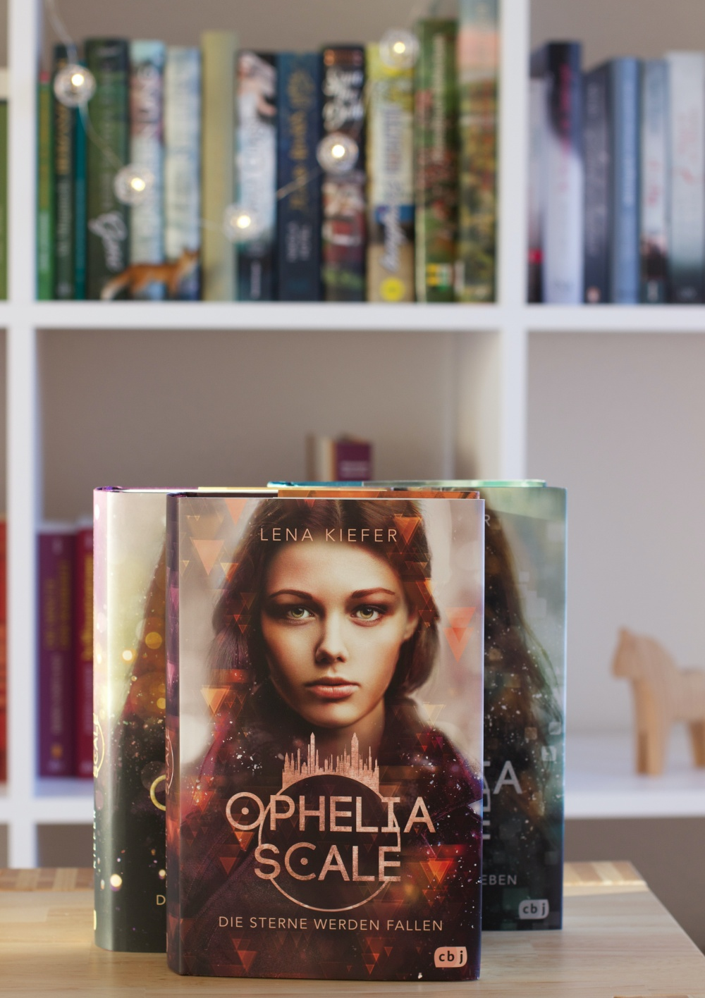 Lesemonat Februar 2021 Ophelia Scale von Lena Kiefer