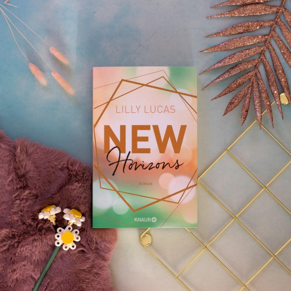 New Horizons von Lilly Lucas Lesemonat März 2021