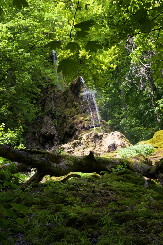 Solo wandern Wasserfallsteig Bad Urach Gütersteiner Wasserfall