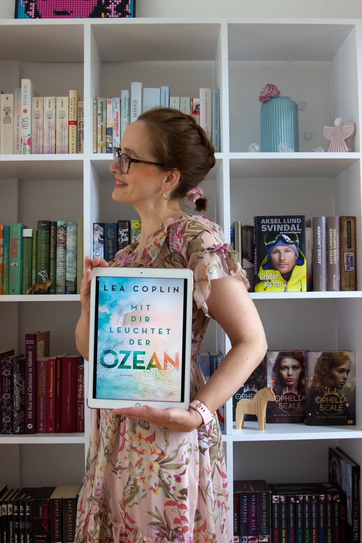Mit dir leuchtet der Ozean von Lea Coplin