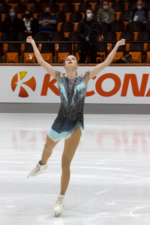 Viktoriia Safonova_2021 Nebelhorn Trophy_Kurzprogramm Damen